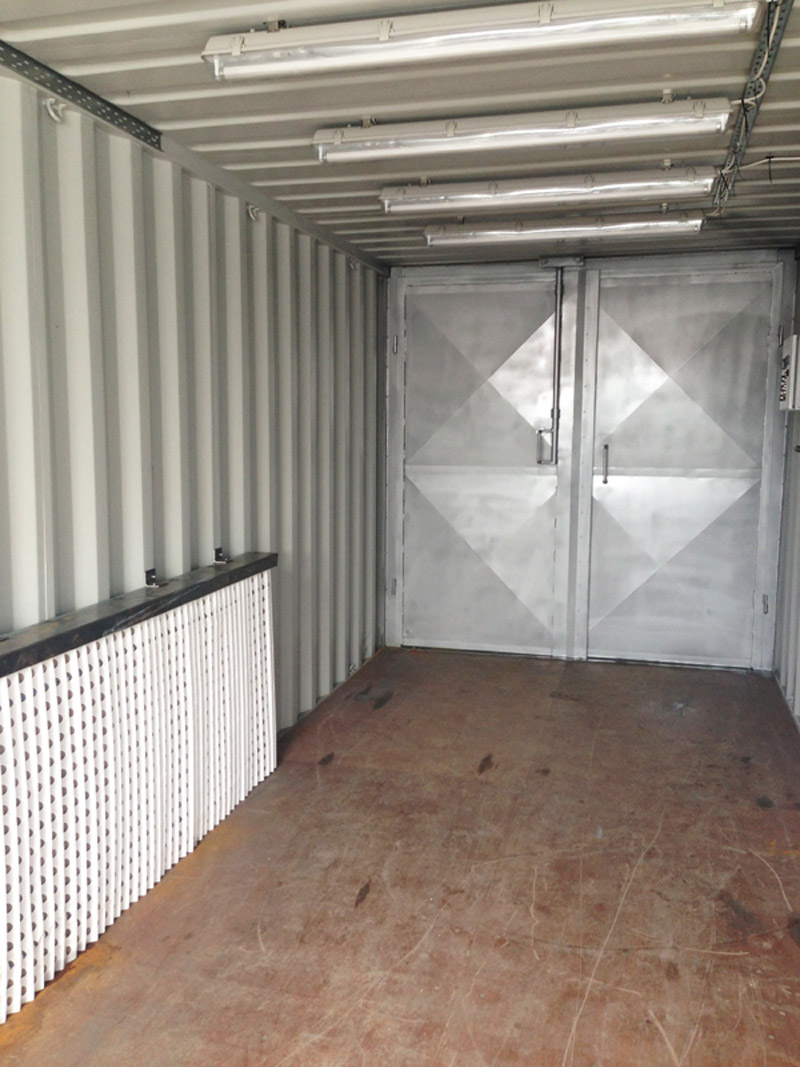 Containerised spray booth